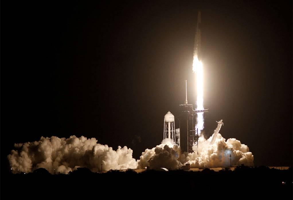 Crew Dragon των Space X-NASA: Έφτασε στο Διαστημικό Σταθμό
