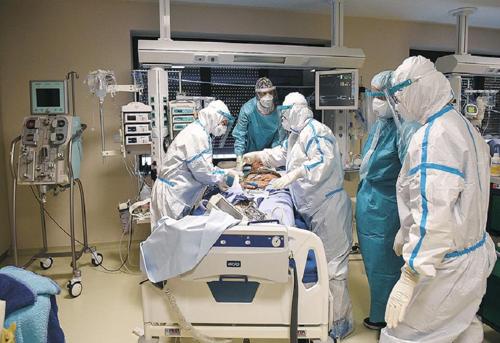 Κορωνοϊός: Βαρύ το τίμημα για το υγειονομικό προσωπικό της χώρας