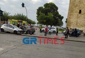 Θεσ/νίκη: Τροχαίο ατύχημα στον Λευκό Πύργο-4 τραυματίες (ΦΩΤΟ+VIDEO)