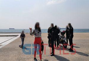 Μετά τον Χαρδαλιά εξύβρισε αστυνομικό η «παρουσιάστρια»