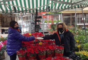 Στη λαϊκή αγορά της Βούλγαρη η Β. Πατουλίδου
