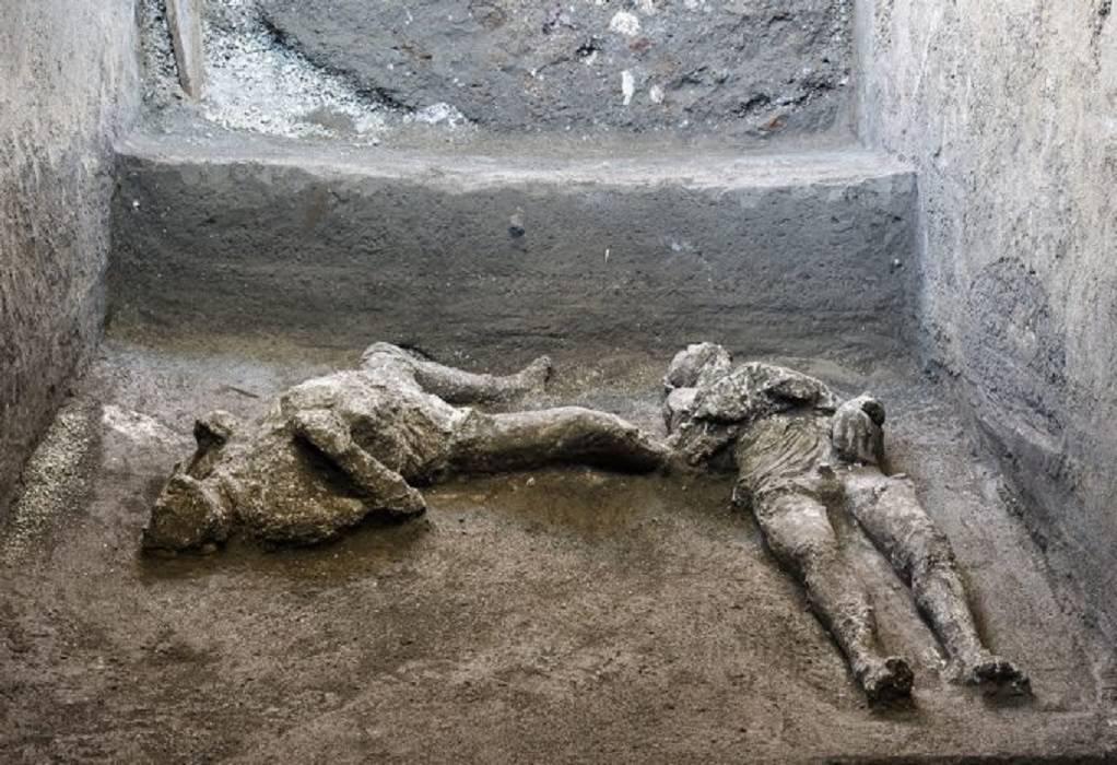 Πομπηία: Τα λείψανα ενός πλούσιου κι ενός σκλάβου