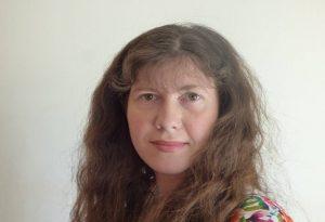 Η Γλυκερία Κακούρη μιλά για το βιβλίο της με τίτλο «Έδωσα Υπόσχεση»
