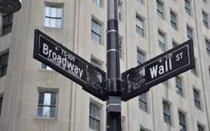Dow Jones: Ιστορικό ρεκόρ -«Πέταξε» πάνω από τις 30.000 μονάδες