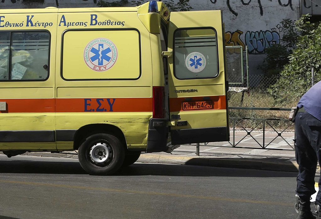 Κρήτη: ΙΧ ανετράπη και κατέληξε σε χωράφι – Στην εντατική ένας 19χρονος