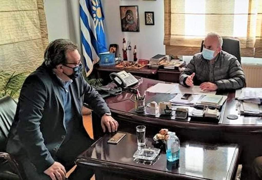Τον Δήμαρχο Δέλτα επισκέφθηκε ο Σωκράτης Φάμελλος