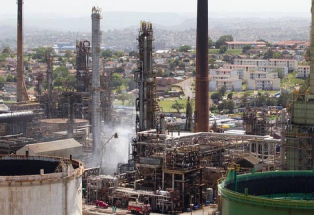 Νότια Αφρική: Έκρηξη σε διυλιστήριο – Επτά τραυματίες (VIDEO)