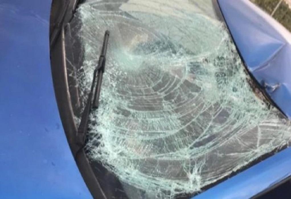Τροχαίο με εκτροπή αυτοκινήτου στο Δερβένι