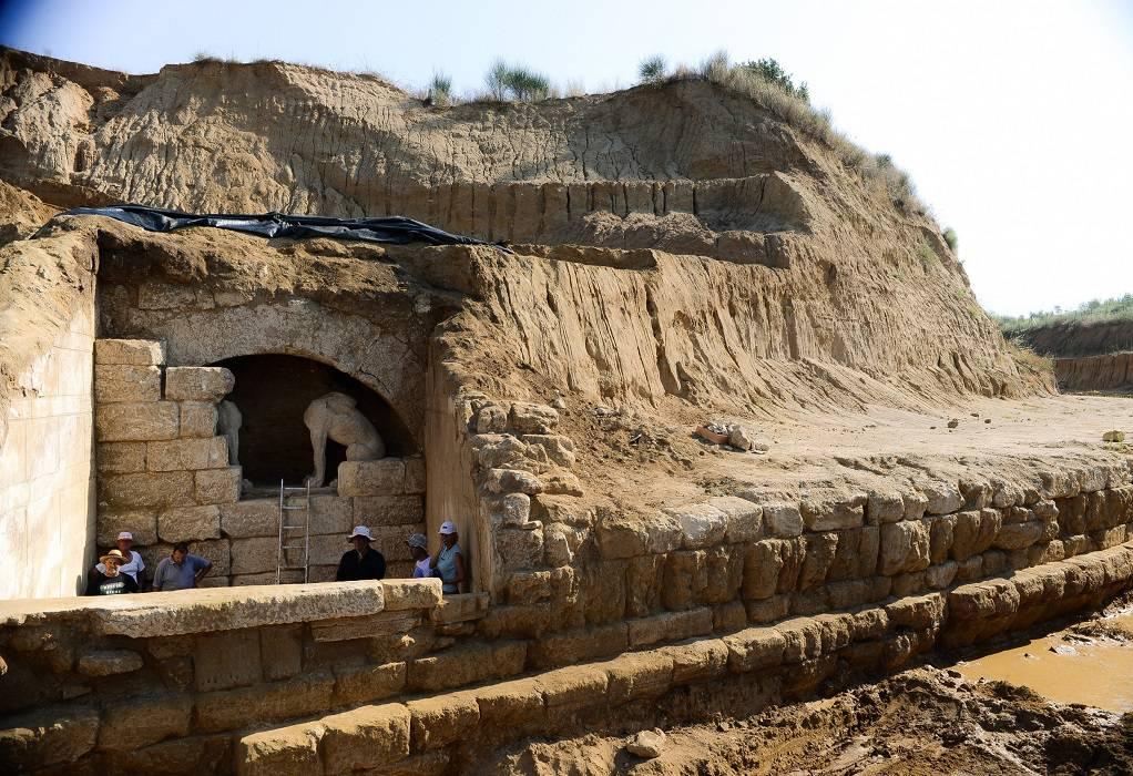 Μενδώνη από Αμφίπολη: Επισκέψιμο το ταφικό μνημείο στα μέσα του 2022