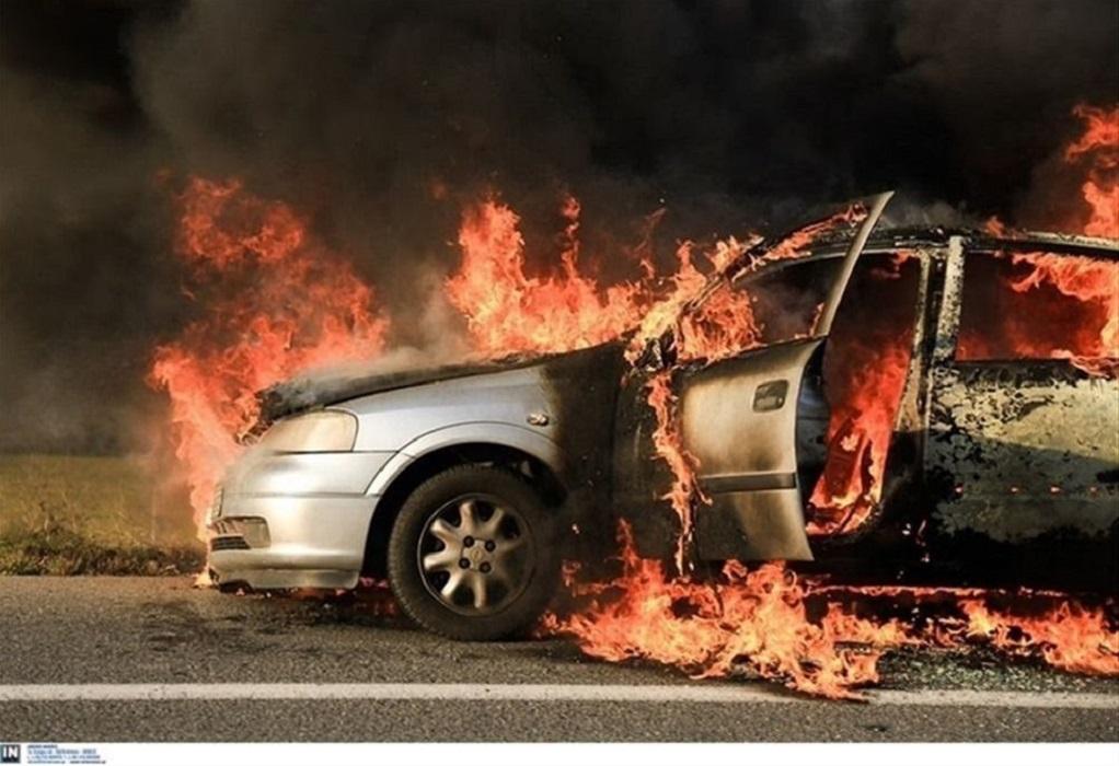 Φωτιά σε σταθμευμένο ΙΧ στη Θεσσαλονίκη