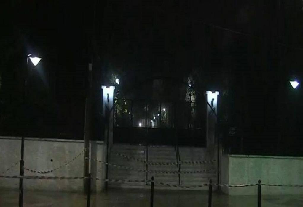 Κορωνοϊός: Σε αστυνομικό κλοιό η Αγία Βαρβάρα