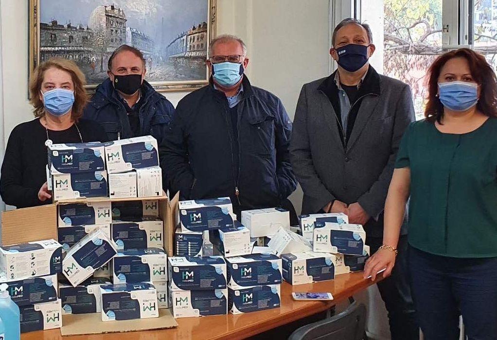 ΣΕΘ: Δωρεά 10.000 μασκών και υγειονομικού υλικού σε τρία τελωνεία της πόλης