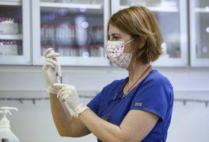 Σήμερα οι εμβολιασμοί για τον Covid-19 σε 4 Νοσοκομεία της Περιφέρειας