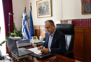 Το «ευχαριστώ» των αυτοδιοικητικών και τα εύσημα υπουργών σε Καράογλου