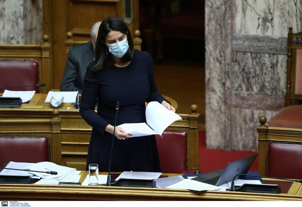 Bουλή: Υπερψηφίστηκε το ν/σ του υπ. Παιδείας για την επαγγελματική εκπαίδευση