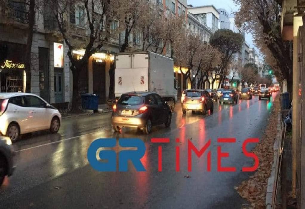 Θεσσαλονίκη: Κυκλοφοριακή κίνηση παρά το lockdown (ΦΩΤΟ-VIDEO)