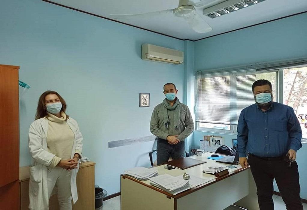 Παπαστεργίου: Κίνδυνος για διασπορά με τους εμβολιασμούς στα Κέντρα Υγείας