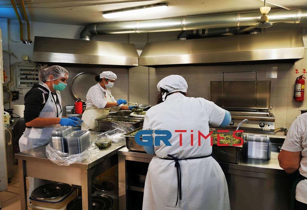Δ. Θεσσαλονίκης: Μαγειρεύουν σε κουζίνες παιδικών σταθμών για ενίσχυση των συσσιτίων (ΦΩΤΟ +VIDEO), φωτογραφία-3