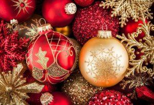 Χριστούγεννα σήμερα στη Σερβία: Το μήνυμα πολιτείας και ιερέων για τη δημόσια υγεία