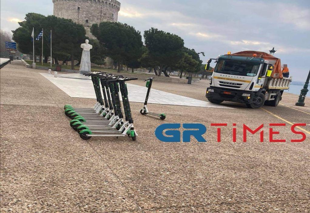 """Θεσσαλονίκη: """"Σήκωσε"""" ηλεκτρικά πατίνια η Δημοτική Αστυνομία (ΦΩΤΟ)"""