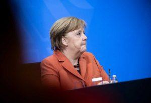 Μέρκελ: Εκτός ελέγχου η πανδημία στη Γερμανία