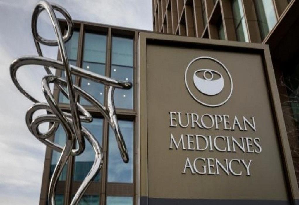 Ο ΕΜΑ προειδοποιεί για νέες παρενέργειες των εμβολίων Johnson & Johnson & AstraZeneca
