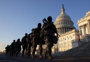 Επί ποδός «πολέμου» οι πολιτείες των ΗΠΑ