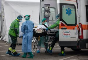 Ιταλία-Κορωνοϊός: 13.633 κρούσματα, 472 θάνατοι το τελευταίο 24ωρο