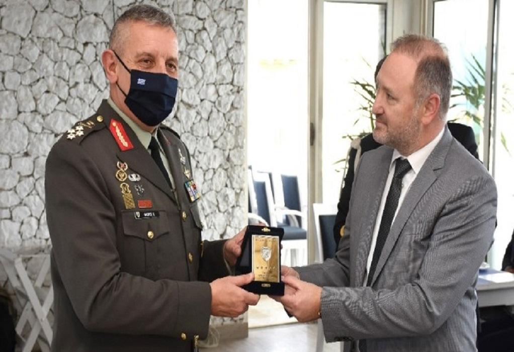 Ολοκληρώθηκε η τριήμερη επίσκεψη αρχηγού ΓΕΕΘΑ στην Αίγυπτο