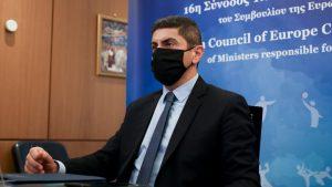 Κατά προτεραιότητα εμβολιασμό των αθλητών των Εθνικών ομάδων ζήτησε ο Λ. Αυγενάκης