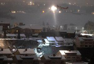 Νορβηγία: Ελπίδες για τον εντοπισμό επιζώντων από τη φονική κατολίσθηση