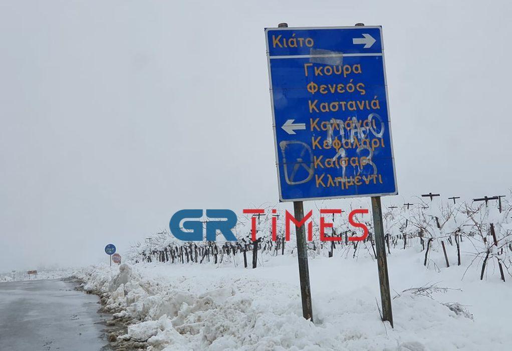 «Μάχη» και στην ΠΕ Κορινθίας για ανοιχτούς δρόμους από τα χιόνια (ΦΩΤΟ/VIDEO)