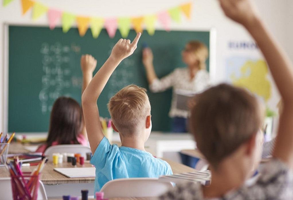 Κεραμέως για σχολεία: Θέλουμε να ανοίξουν το συντομότερο