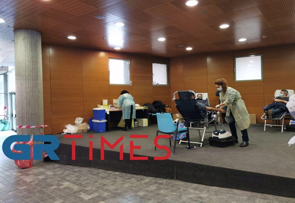 Δ. Θεσσαλονίκης: Με μεγάλη ανταπόκριση η εκστρατεία αιμοδοσίας (VIDEO)