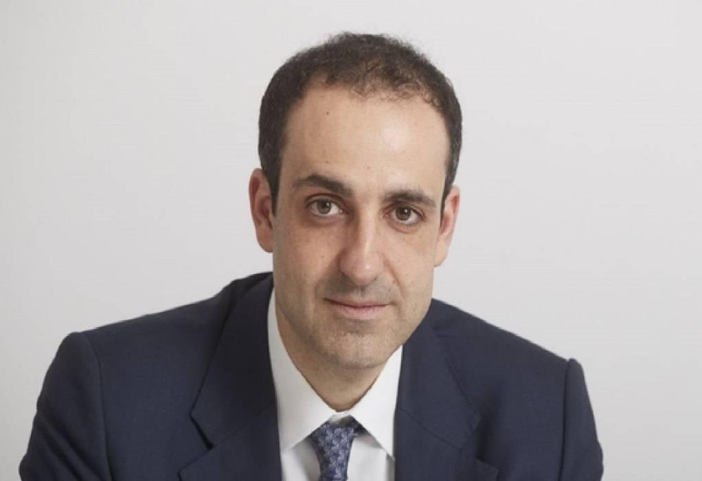Γρηγόρης Δημητριάδης: Ο διευθυντής του Πρωθυπουργικού γραφείου που επηρεάζει και εμπνέει