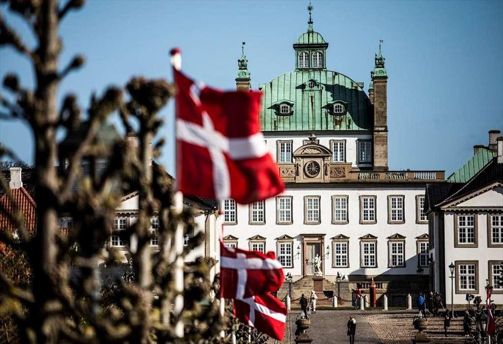 Δανία: Καφέ και εστιατόρια ανοίγουν ξανά, η χώρα ανακτά έναν αέρα κανονικότητας