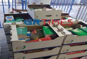 Δήμος Θεσσαλονίκης: 5.000 κιβώτια σε άπορους (ΦΩΤΟ)