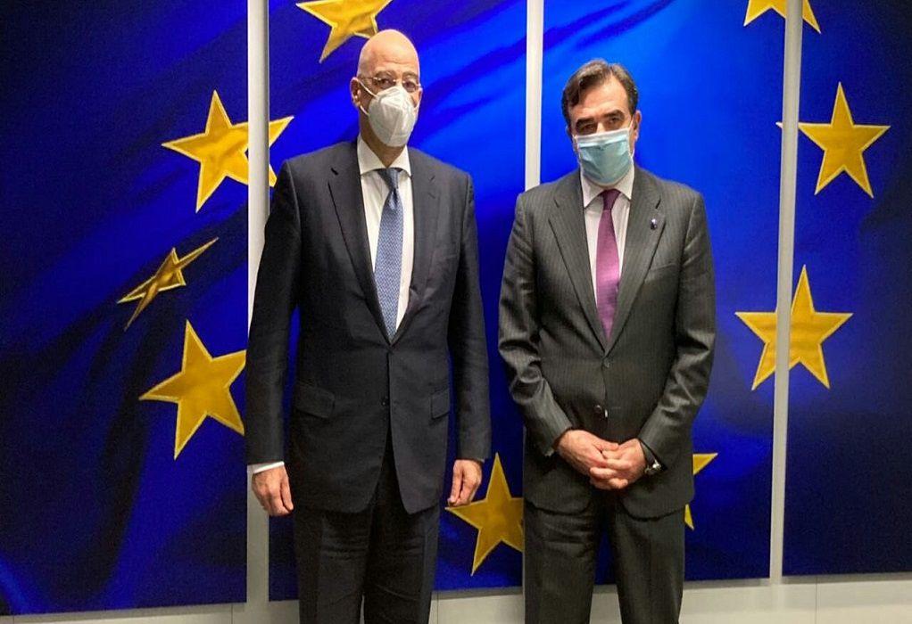 Συνάντηση Δένδια-Σχοινά στις Βρυξέλλες