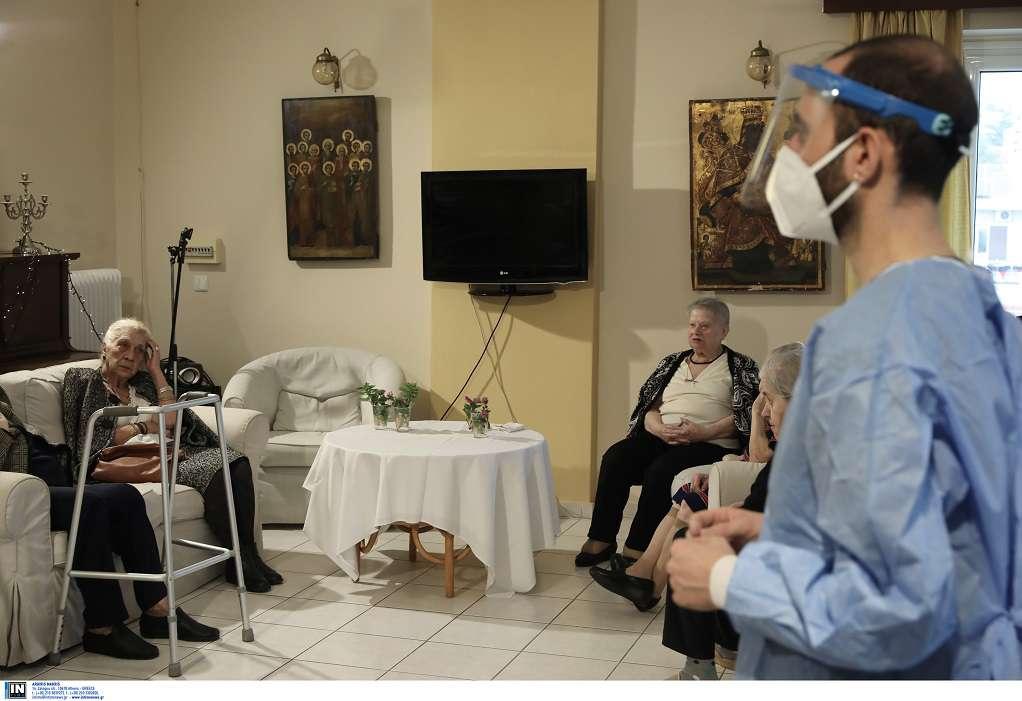 Μιχαηλίδου: Τέλος Ιανουαρίου ολοκληρώνονται οι εμβολιασμοί στα γηροκομεία