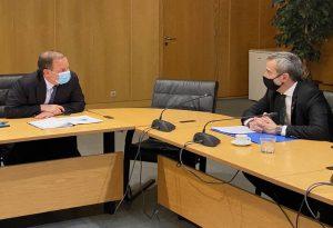 Στο επίκεντρο ο ΟΑΣΘ στη συνάντηση Ζέρβα-Καραμανλή