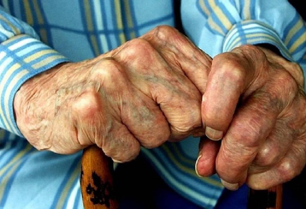 Κορωνοϊός: Οι ηλικιωμένοι με σχιζοφρένεια έχουν σχεδόν τριπλάσιο κίνδυνο θανάτου