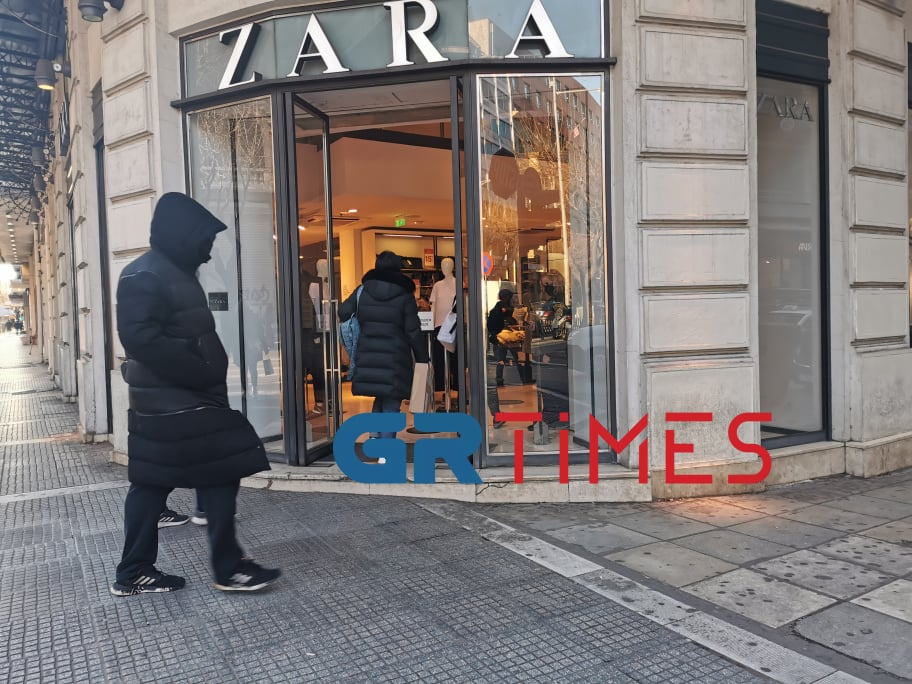 Άνοιξαν τα εμπορικά καταστήματα στη Θεσσαλονίκη (ΦΩΤΟ)