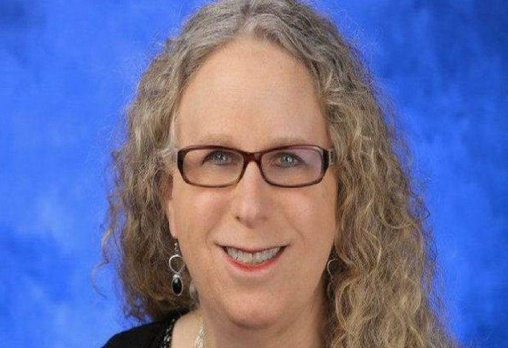 Μπάιντεν: Πρότεινε διεμφυλική καθηγήτρια παιδιατρικής να αναλάβει υφυπουργός Υγείας