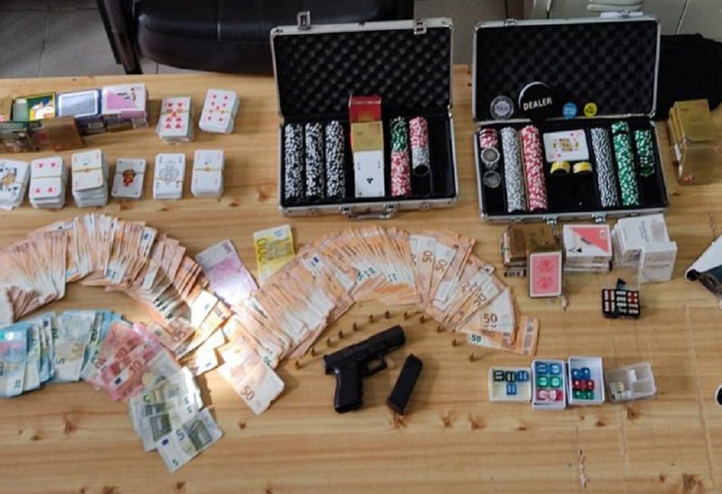 Μετέτρεψαν κατάστημα σε παράνομο «μίνι καζίνο» – 24 συλλήψεις (VIDEO)