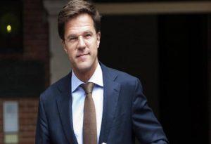 Παραιτήθηκε η κυβέρνηση της Ολλανδίας
