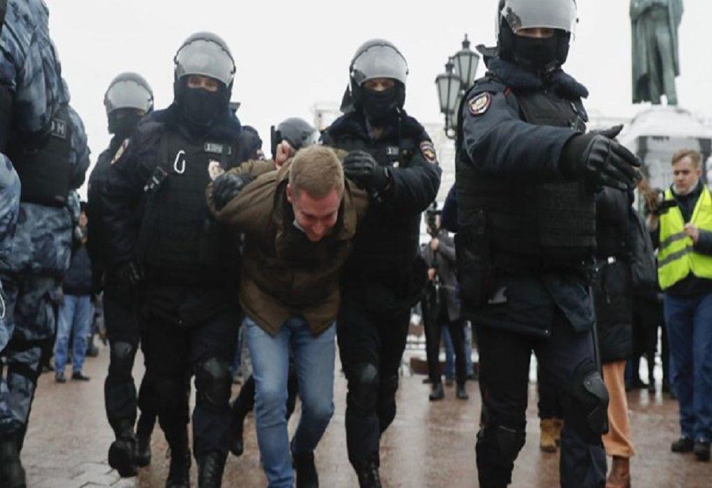 Το Στέιτ Ντιπάρτμεντ καταδικάζει τη «βίαιη καταστολή» των διαδηλώσεων στη Ρωσία