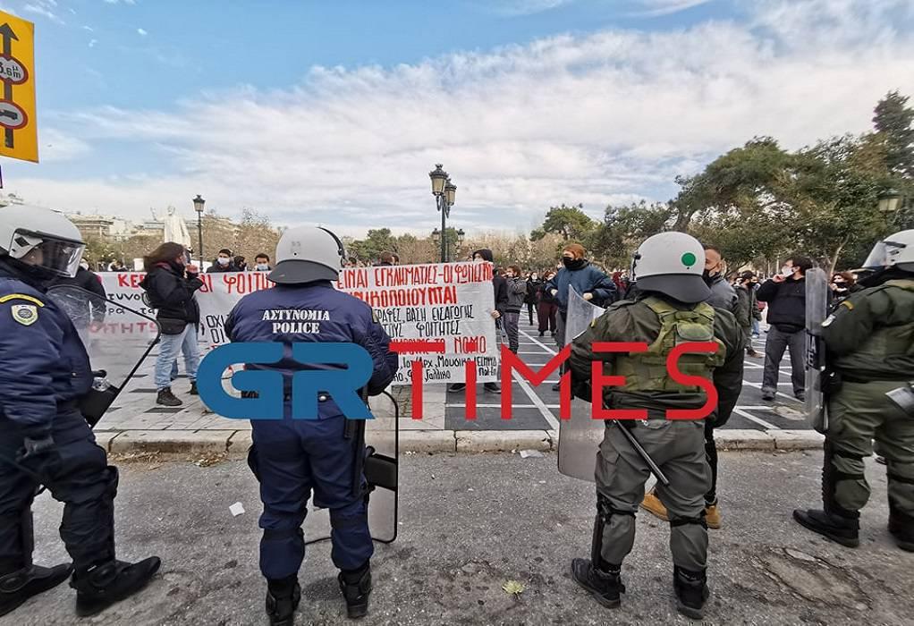 Θεσσαλονίκη: Μετατράπηκαν σε συλλήψεις οι προσαγωγές τριών διαδηλωτών