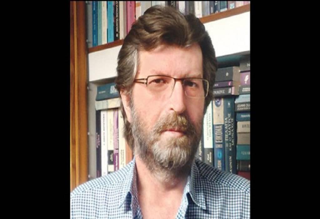 «Έφυγε» ο δημοσιογράφος Βασίλης Τριανταφύλλου