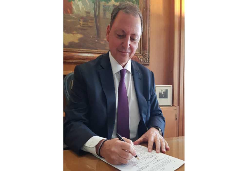Υπεγράφη η ΚΥΑ για τον κανονισμό διαβατηρίου ιπποειδών από Λιβανό – Σκυλακάκη