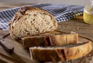 Διατροφή: Τα πιο υγιεινά είδη ψωμιού που μπορείτε να επιλέξετε για το τραπέζι σας